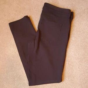 Eddie Bauer black size 6 slim/straight jeans